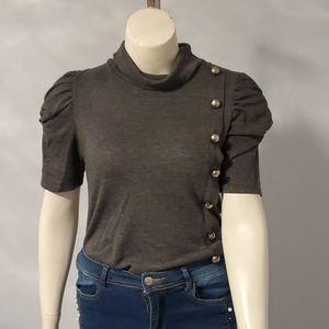 Gray turtleneck top short sleeves